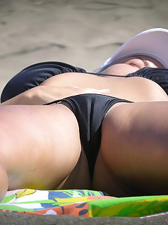 Cameltoe Nudist Pictures