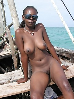 Ebony Nudist Pictures