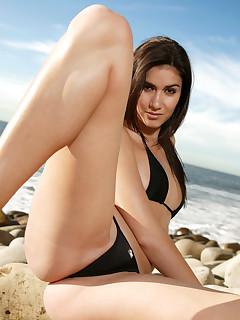 Hot Nudist Pictures