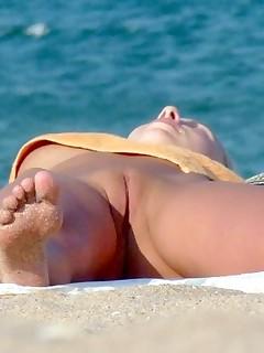 Voyeur Nudist Pictures