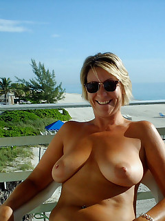 Mom Nudist Pictures